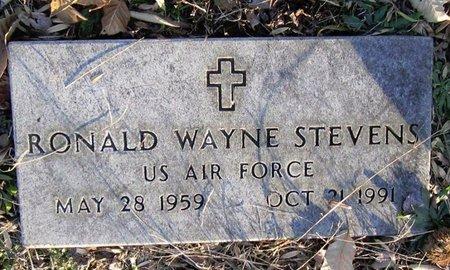 STEVENS (VET), RONALD WAYNE (AIR FORCE) - Clinton County, Kentucky | RONALD WAYNE (AIR FORCE) STEVENS (VET) - Kentucky Gravestone Photos