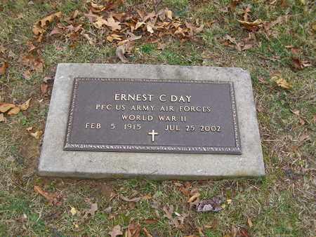 DAY (VETERAN WWII), ERNEST C - Hancock County, Kentucky | ERNEST C DAY (VETERAN WWII) - Kentucky Gravestone Photos