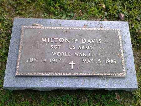 DAVIS (VETERAN WWII), MILTON P (NEW) - Rowan County, Kentucky   MILTON P (NEW) DAVIS (VETERAN WWII) - Kentucky Gravestone Photos