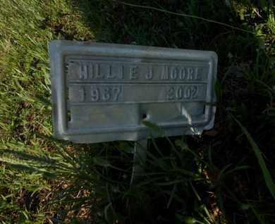 MOORE, WILLIE J. - Simpson County, Kentucky   WILLIE J. MOORE - Kentucky Gravestone Photos