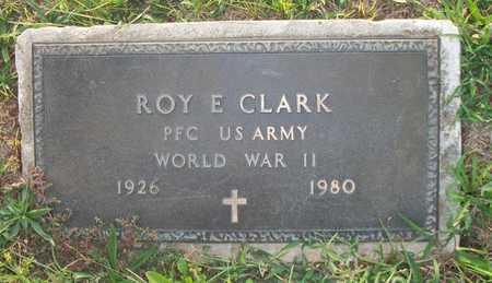 CLARK (VETERAN WWII), ROY E - Wayne County, Kentucky   ROY E CLARK (VETERAN WWII) - Kentucky Gravestone Photos